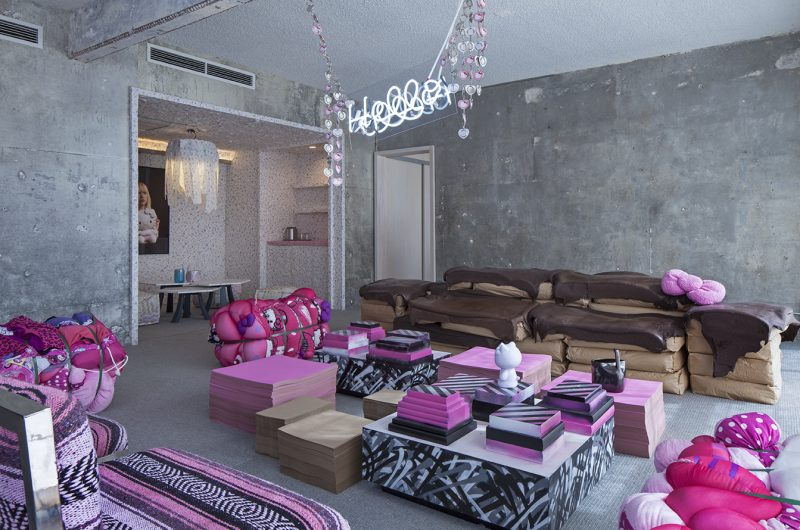 Hello Kitty Suite Sitting Room