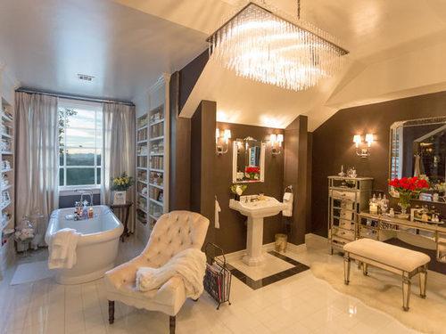 Jennifer Lopez Puts Her House on Sale