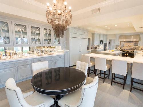 Jennifer Lopez Puts Her House on Sale Kitchen