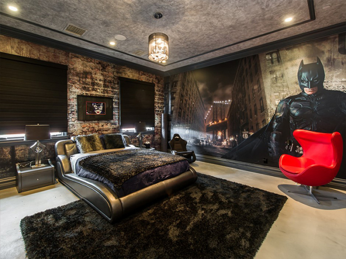 Batman Bedroom celebrity rental news: guess who's letting out this batman bedroom