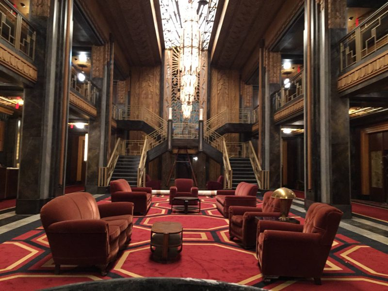 Go inside american horror story lady gaga is to die for for Ahs hotel decor