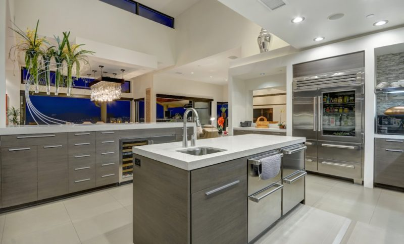 celebrity chef home kitchen