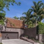 Garage: Will A-Rod sell the house he bought from Meryl Streep?
