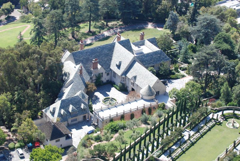 A Luxury Estate Manager's Many Tasks Real Estate Expert
