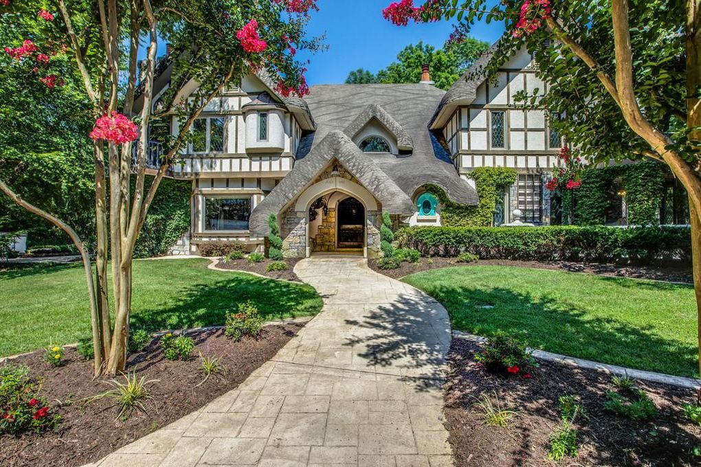 Leon Russell storybook house