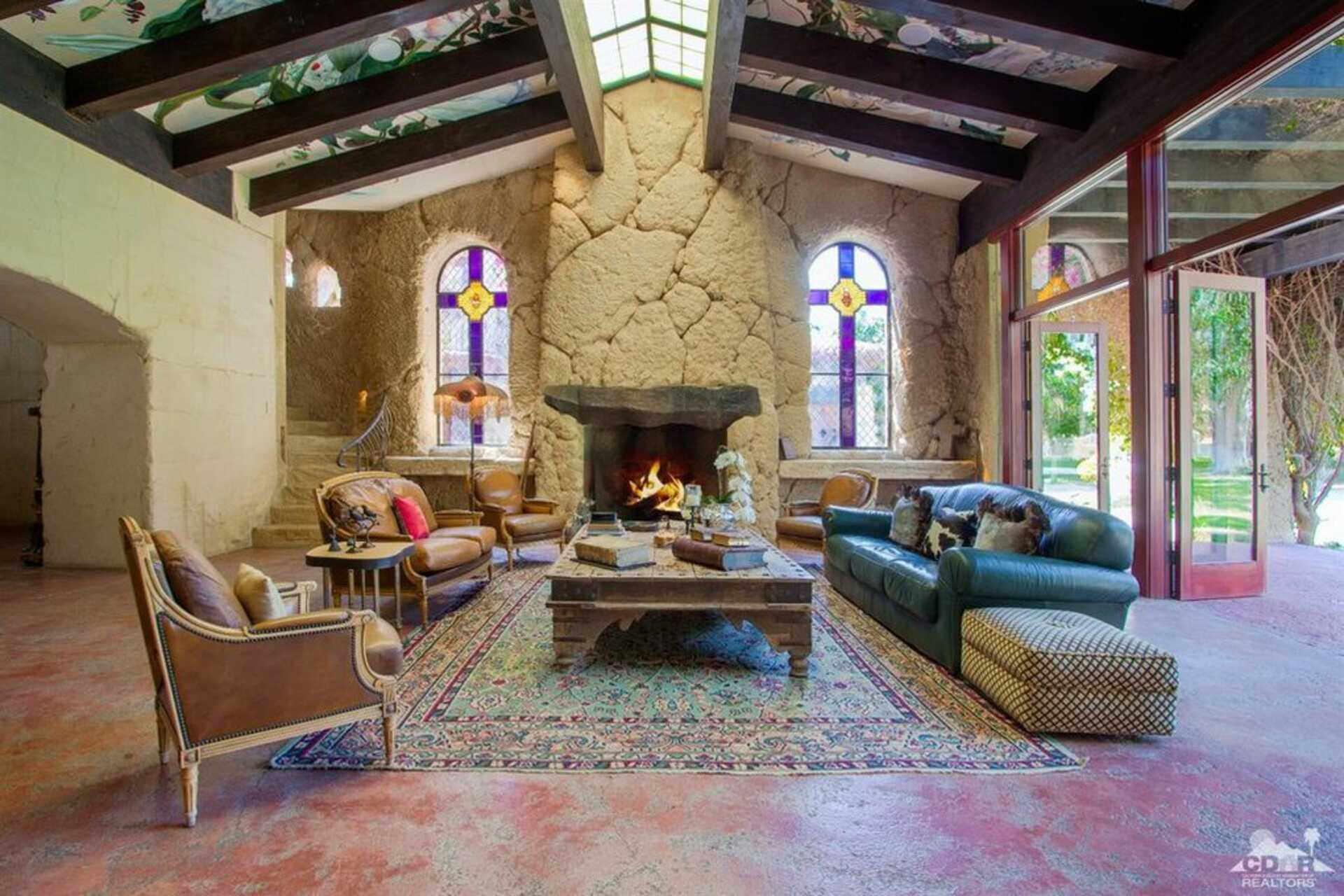 Dennis Miller Asks 22 5 Million For His So Cal Beach House