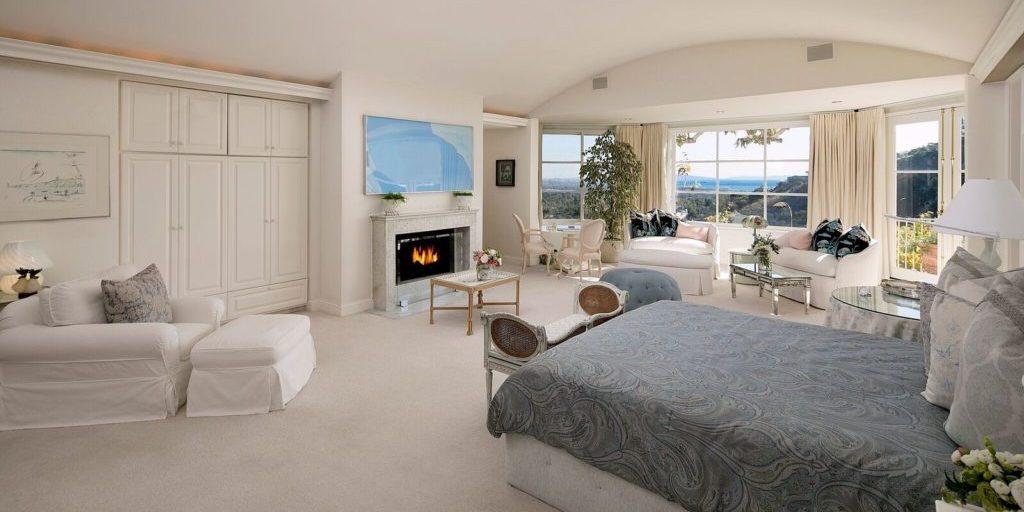 Norman Lear estate master suite