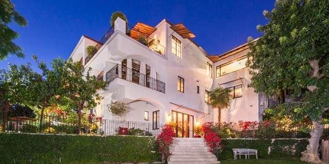 Megan Fox -- Brian Austin Green Split and Sell Bing Crosby Carriage House